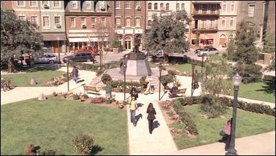 Qu'y a-t-il sous la petite ville de Grandview ?