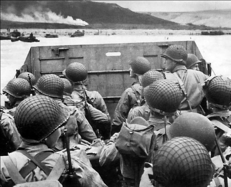 Sous quel nom de code fut baptisée la 1ère phase de l'opération Overlord, phase d'assaut visant à créer une tête de pont alliée de grande échelle dans le nord-ouest de l'Europe ?