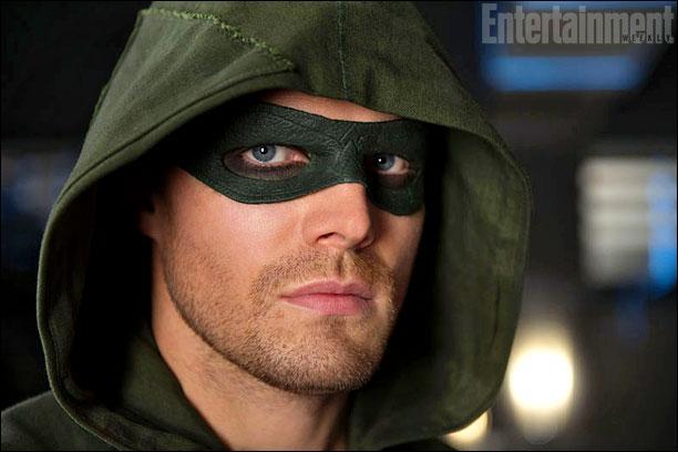 A qui appartenait la capuche verte de Arrow au départ ?