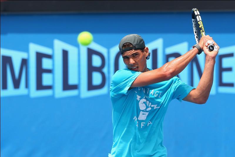 Rafael Nadal est de nationalité :