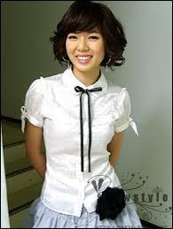 Quel était le groupe de Hyuna avant 4 Minute ?