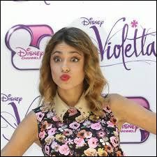Durant la majorité de la saison 2, Violetta est sortie avec :