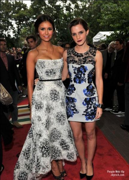 Dans quel film joue-t-elle au côté d'Emma Watson ?