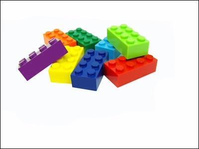 En quelle matière sont les briques Lego ?