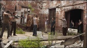 EP4. Rick tient en otage un jeune homme nommé Miguelito. Que dit ce dernier quand Guillermo lui demande s'il va bien ?