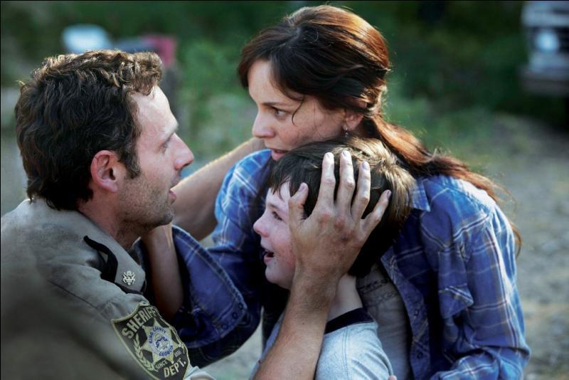 EP3. Comment Rick décrit-il ses retrouvailles avec Lori et Carl ?