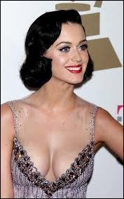 Comment s'appelle en vrai Katy Perry ?