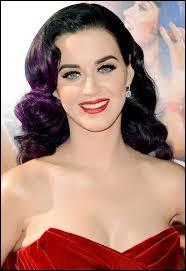 Pour quel parfum Katy Perry a-t-elle fait la pub ?