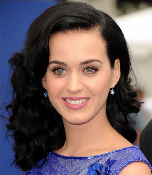 Quel mois Katy Perry est-elle née ?