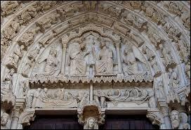 Dans quel édifice le portail Nord, en raison de la thématique de ses sculptures, est-il nommé  portail de l'Alliance  ?