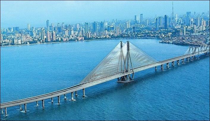 En quelle année la ville de Bombay a t-elle changé de nom pour devenir Mumbai ?