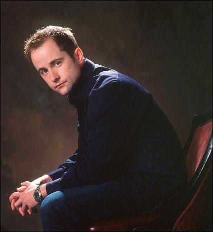 Je suis un acteur britannique né à Glasgow le 28 août 1968. Qui suis-je ?