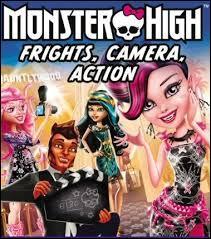 Combien y a-t-il de nouvelles stars dans le film  Frights, Camera, Action  ?