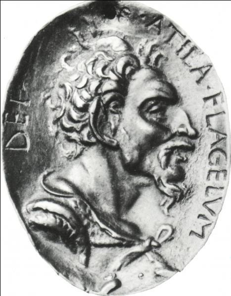 En 453, Attila, cet immense conquérant, ne pouvait mourir que d'une façon guerrière, du moins on serait tenté de le croire !