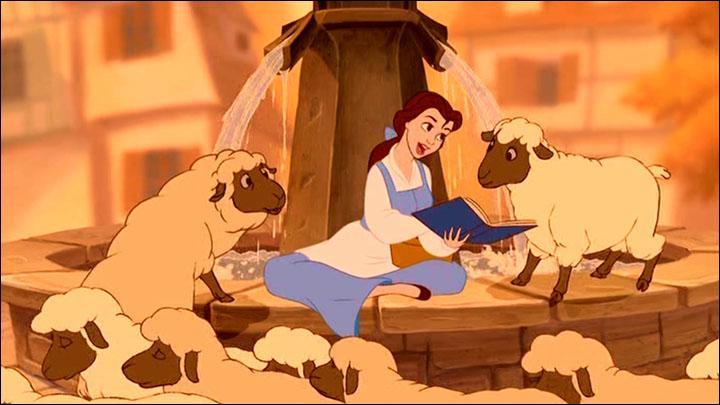 La Belle et la Bête : Au cours de la chanson ''Bonjour'' Belle parle d'un roman à propos ''d'un ogre, du roi, des haricots  mais à qui ?