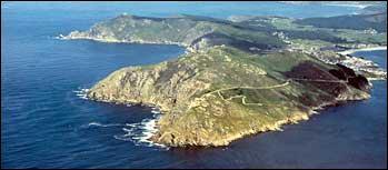 Dans quel pays le cap Finisterre est-il situé ?