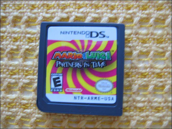 Comment appelle-t-on le jeu que l'on met dans la DS ?