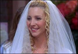 Dans la saison 10 avec qui Phoebe se marie-t-elle ?