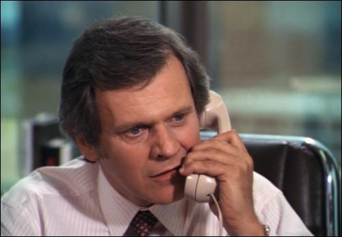 Qui est le pire ennemi de Cliff Barnes ?