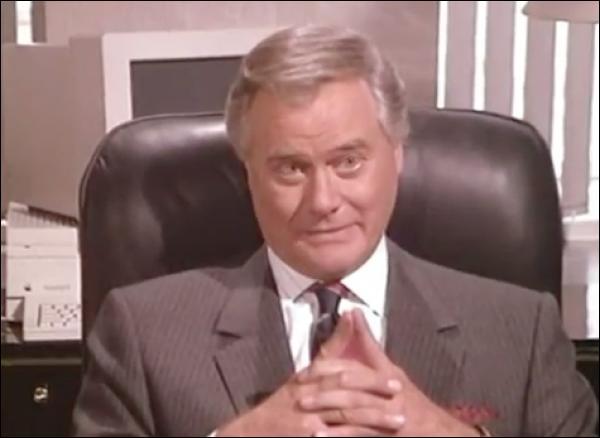 Dans toute la série, combien de fois Sue Ellen a t-elle tirée sur J. R ?