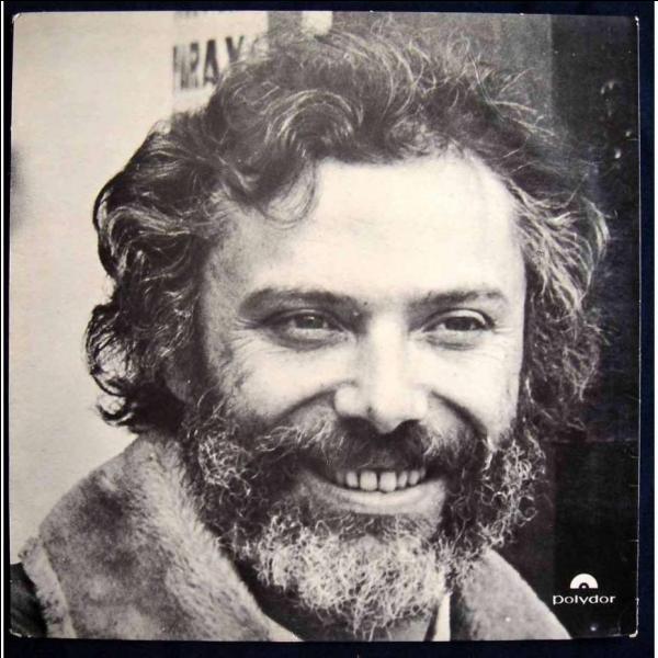 En 1969, Georges Moustaki affirmait  Avec ma gueule de [... ], de Juif errant, de pâtre grec, je viendrai boire tes vingt ans et nous ferons de chaque jour toute une éternité d'amour .