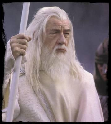 Comment s'appelle Gandalf après  Gandalf le Gris  ?