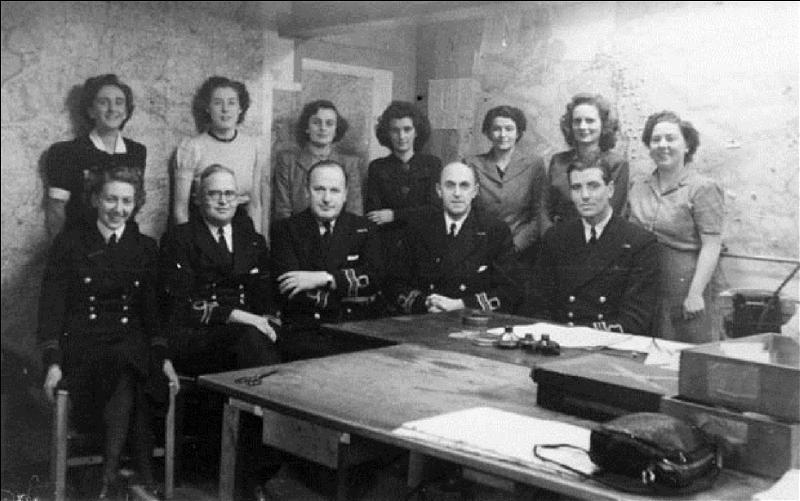 En quoi consistait l'opération « mincemeat », (chair à pâté) que les Anglais organisèrent pendant la 2e Guerre mondiale. ?