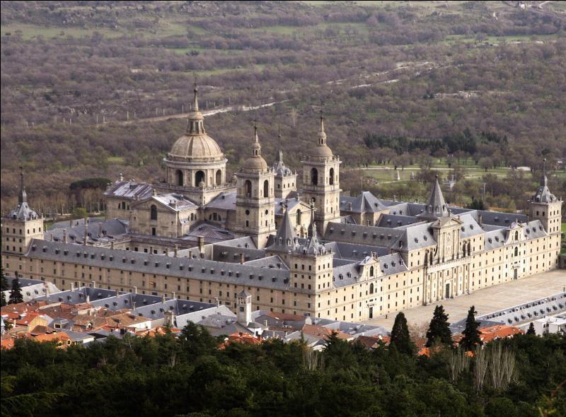 Quel est ce palais d'Espagne ?