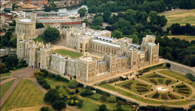 Quel est le fleuve de Grande-Bretagne qui passe à proximité du château royal de Windsor ?