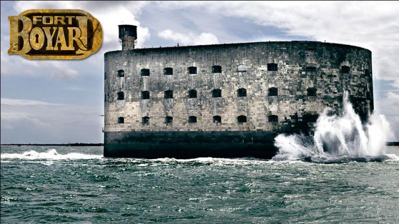 Voila le célèbre Fort-Boyard connu notamment grâce à l'émission télévisée du même nom. Dans quel département français est-il situé ?