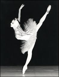 Par quoi terminons-nous un cours de danse ?