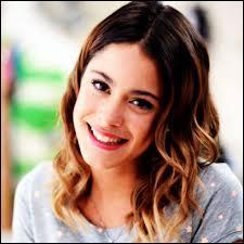 Qui est l'actrice qui joue le rôle de Violetta ?