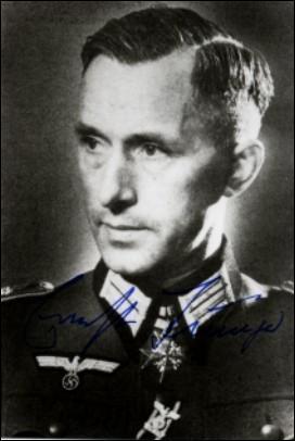 A la fin de la guerre, Vercors estime que son personnage, a posteriori, aurait pu être inspiré par un personnage allemand ayant réellement existé :