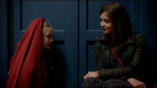 Même épisode. Quel âge avait Clara lorsqu'elle s'est perdue ?
