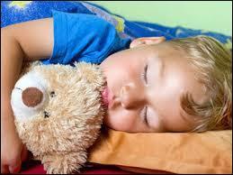 A partir de quel âge l'enfant cesse-t-il de faire la sieste ?
