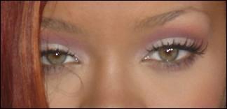 Ce sont les yeux de...