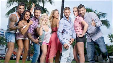 """Avec qui Shanna partage-t-elle sa chambre dans """"Les Marseillais à Miami"""" ?"""