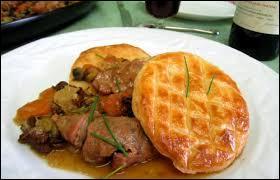 Où dégusterez-vous de délicieux ris de veau en croûte si vous allez dans la commune des Roches-de-Condrieux ?