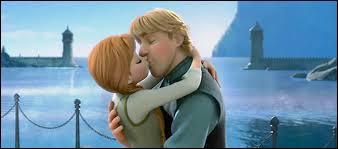 Qui embrasse-t-elle à la fin du film ?