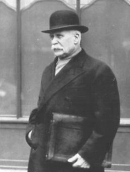 Quel poste occupait Philippe Pétain avant d'accéder à la vice-présidence du conseil en juin 40 ?