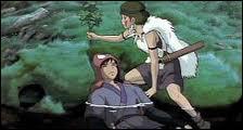 Pourquoi San aide-t-elle Ashitaka alors qu'elle déteste les humains ?