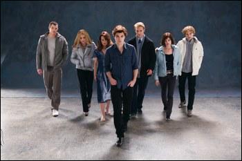 Qui dans la famille d'Edward, déteste Bella ?