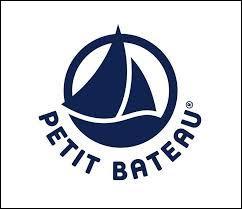 Lors de sa création en 1920, que fabriquait principalement la marque Petit Bateau ?