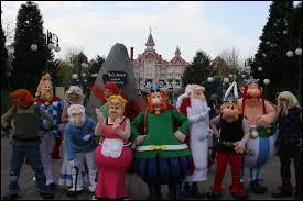 Où se trouve le Parc Astérix ?