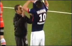 Au PSG quel joueur porte le numéro 10 ?