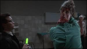 Ce film est sorti en 2003, c'est un film espagnol réalisé par Brian Yuzna. Où peut-on voir ce zombie ?