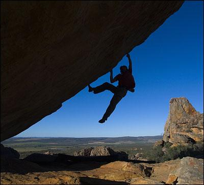 L'escalade est un sport qui se pratique ...