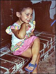 Qui est cette petite fille charmante ?
