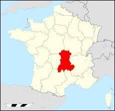 Cette région comporte 4 départements 03, 15, 43, 63.