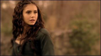 Mettez dans l'ordre la venue sur terre des sosies d'Elena